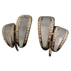 Clip-On Earrings Mother of Pearl Diamonds Pink Gold