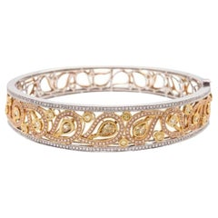 Fine Yellow Diamond Bangle Bracelet, 18 Karat Gold