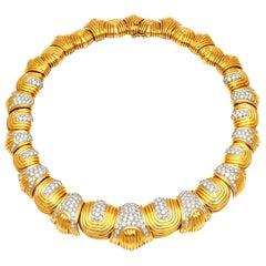 European 18 Karat Gold Chocker Necklace