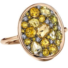 1,75 Ct Rose-cut & Briljant-cut Fancy Yellow & Blue Diamond Pave Cocktail Ring