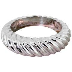 Boucheron 18 Karat White Gold Grooved Ring