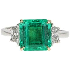 4.34 Carat Natural Emerald Ring in Platinum & 18K Gold w/ Diamonds Certified