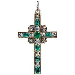 Antique Mid-19th Century Emerald Diamond Gold Cross Pendant