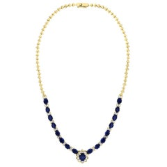 17 Carat Oval Sapphire and 3.5 Carat Diamonds Necklace 18 Karat Yellow Gold