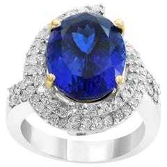 8.5 Carat Oval Tanzanite and 2 Carat Diamond Ring 18 Karat White Gold, Estate