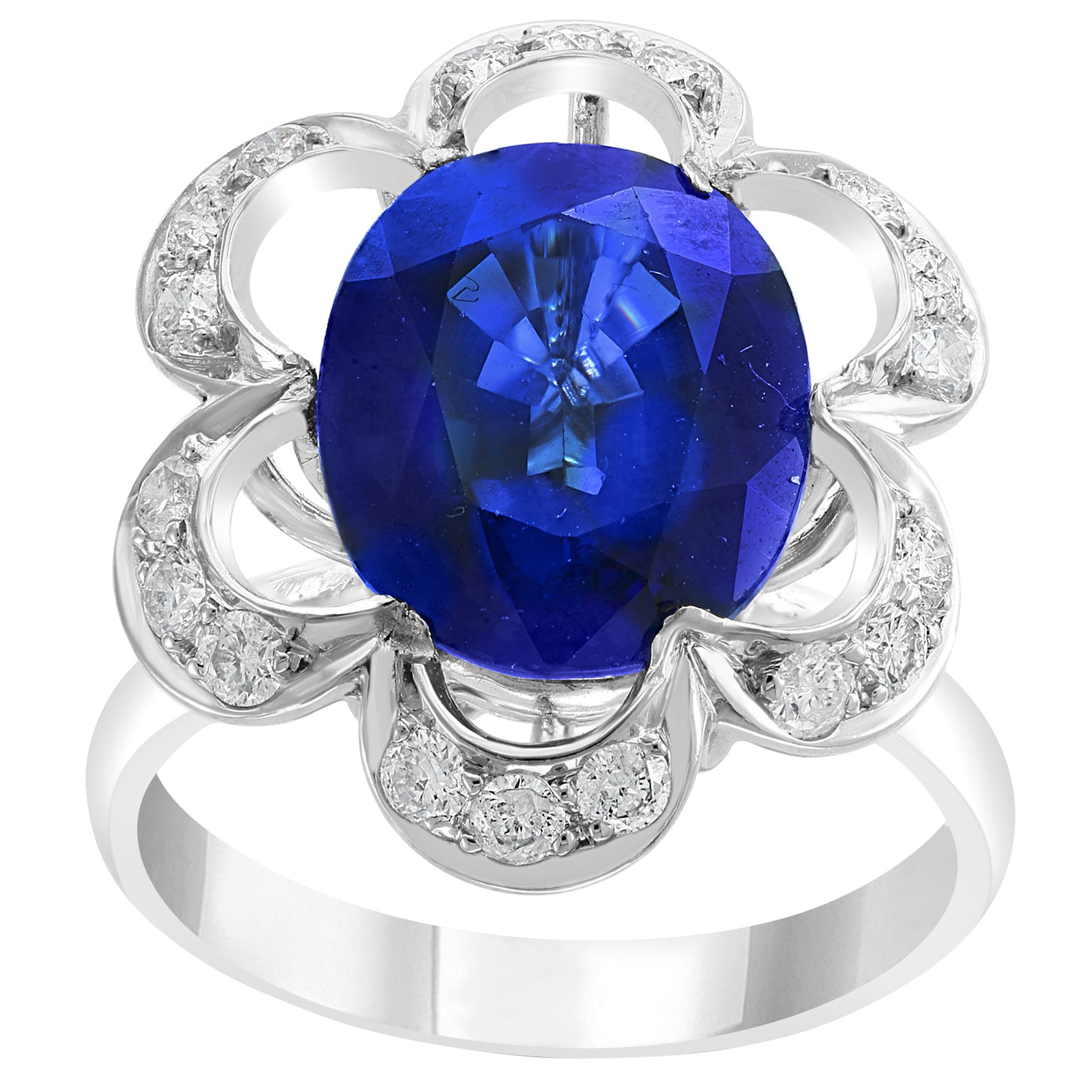 4.5 Carat Diffused Blue Sapphire and Diamond 18 Karat White Gold Cocktail Ring