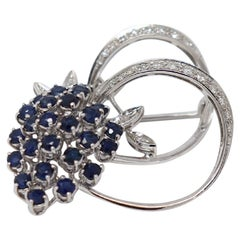 2.00 Carat Blue Sapphire and 0.30 Carat Diamonds White Gold Brooche