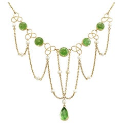 Antique Victorian 7.46Ct Peridot and Seed Pearl Yellow Gold Necklace