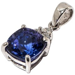 Tanzanite Pendant, 18 Carat White Gold