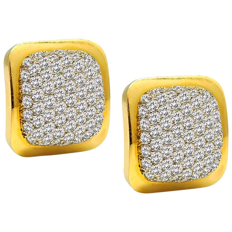 6.00 Carat Diamond Gold Earrings For Sale