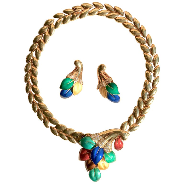 Boucheron 18 Carat Yellow Gold Enamel Necklace and Earrings Set with Diamonds For Sale