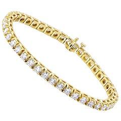 6 Carat Round Brilliant Cut Diamond Tennis Bracelet in 14 Karat White Gold