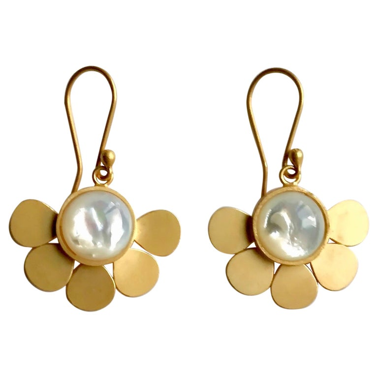 18 Karat Solid Yellow Gold Satin Finish Mother of Pearl Drop Earrings For Sale
