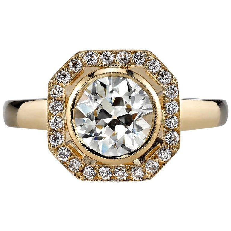 1.33 Carat Old European Cut Diamond Set in a Yellow Gold Engagement Ring For Sale