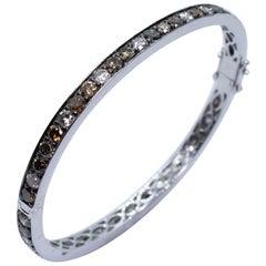 Estate 18 Karat White Gold Multi Fancy Color Round Diamond Bangle Bracelet