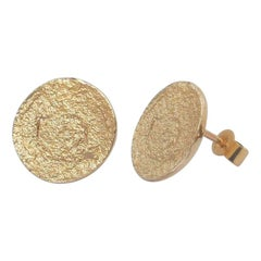 Paper Circle Earrings in 9 Karat Yellow Gold by Allison Bryan