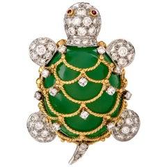 Hammerman Brothers Turtle Diamond Chalcedony 18 Karat Platinum Pendant Brooch