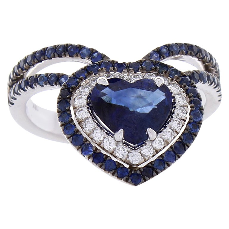 1.36 Carat Heart Shaped Blue sapphire & Diamond Cocktail Ring In 18K White gold For Sale