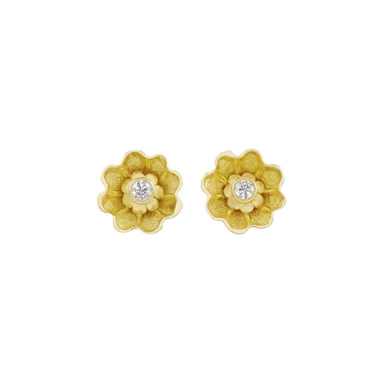 18 Carat Yellow Gold Diamond Stud Earrings For Sale