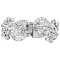 Art Deco 1920, Old European & Baguette Diamonds Double Clip Brooch in Platinum