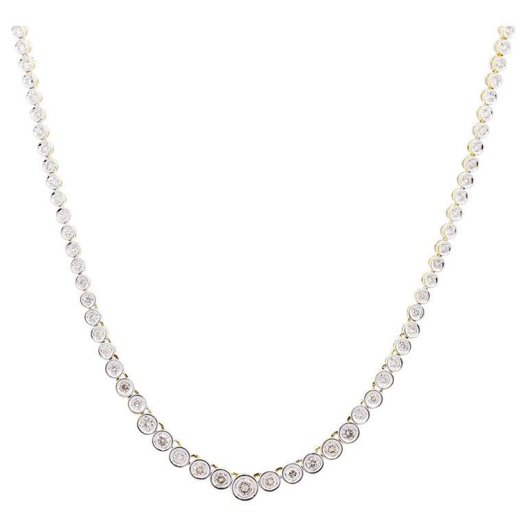Round Brilliant Diamond Graduated Tennis Necklace For Sale