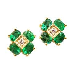 1.34 Carat Emerald Diamond Floret Stud Cluster Earrings 18 Karat Yellow