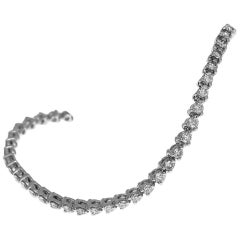 Harry Winston 2.55 Carat Diamonds Platinum Round Tennis Bracelet