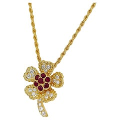 Graff Diamond Ruby 18 Karat Yellow Gold Flower Motif Pendant Necklace