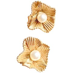 Boucheron Clip Earrings circa 1960 Petals in 18 Carat Gold and Pearl