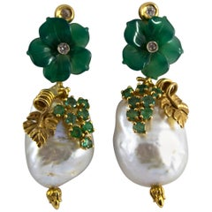 Pearl 0.90 Carat Emerald Agate 0.12 Carat White Diamond Yellow Gold Earrings