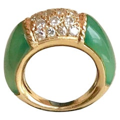 Van Cleef & Arpels Philippine Ring, 18 Carat Gold Diamonds and Chrysoprase