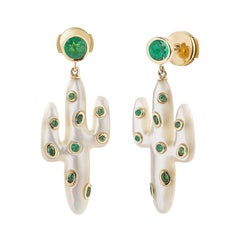 Yvonne Leon's Earring Cactus in Yellow Gold 18 carats With Tsavorites and Mop