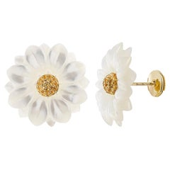 Yvonne Leon's Earring Daisy in Yellow Gold 18 carats With Citrine and MOP