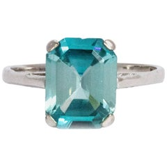Vintage Blue Topaz and 18 Carat White Gold Ring