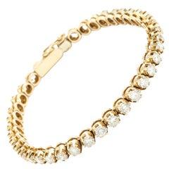 14 Karat Gold and Diamond Line Bracelet