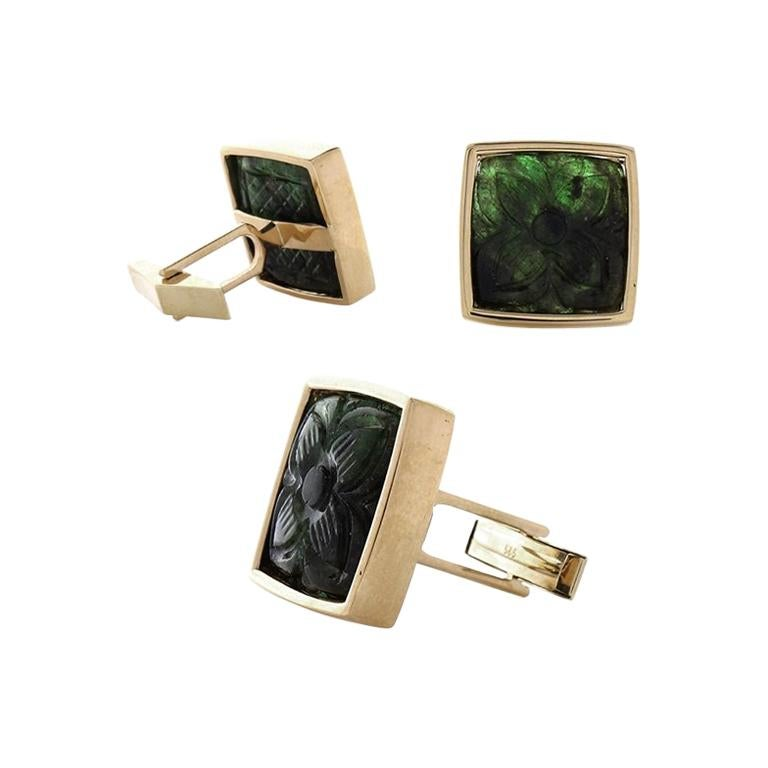 32.50 Carat Total Carved Emerald Cuff Links in 18 Karat Yellow Gold For Sale
