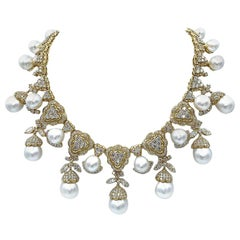 Important South Sea Pearl and Diamond Necklace 18 Karat Yellow Gold