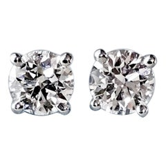 Diamond Platinum Stud Earrings 0.75 Carat F-VS2