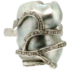 Australian Baroque Pearl 18 Karat White Gold Diamonds Cocktail Ring