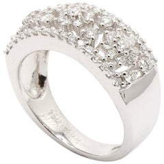 18 Karat White Gold Diamonds Flower Dress Ring
