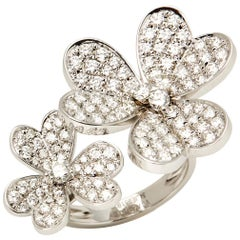 Van Cleef & Arpels 18 Karat White Gold Diamond Frivole Between The Finger Ring