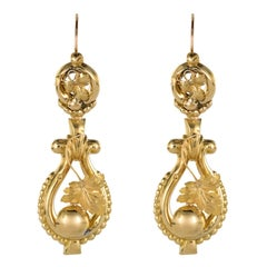 French 19th Century Vine Leaves Yellow Gold Dangle Earrings