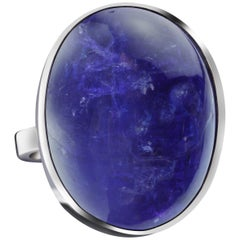 White Gold and Tanzanite Cabochon Cocktail Ring