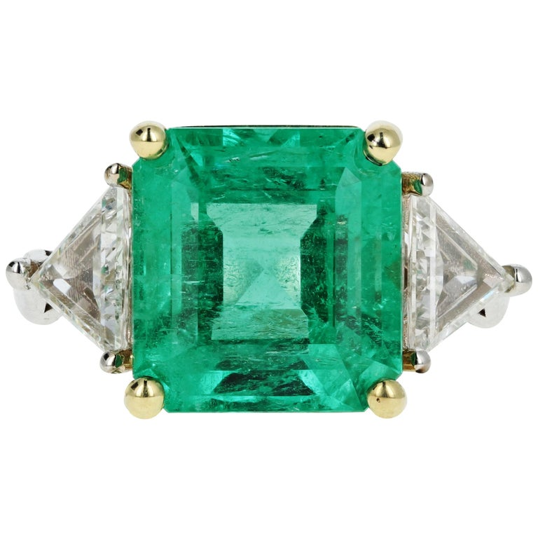 5.94 Carat Colombian Emerald AGL Certified For Sale