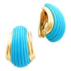 18 Karat Yellow Gold Turquoise Clip-On Earrings