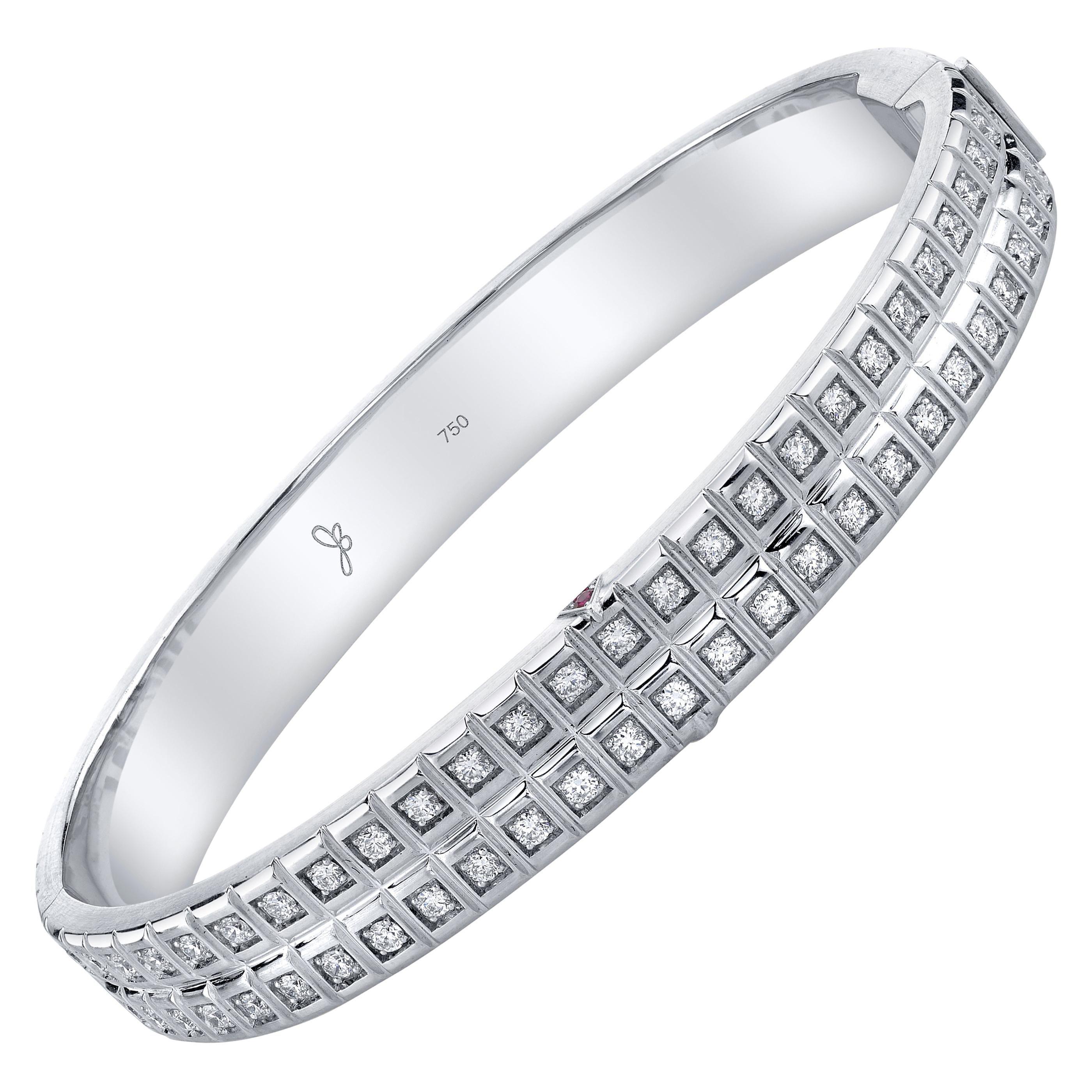 18 Karat White Gold White Diamond Double Carousel Bracelet