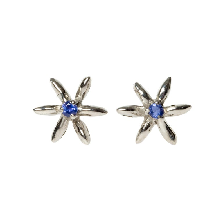 Sapphire Stud Earrings in 18 Karat White Gold Made in Italy Can Be Custom Made For Sale