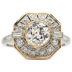 Enticing 18 Karat Gold and Platinum Diamonds Ring