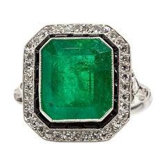 Platinum Emerald, Diamonds and Onyxes Ring