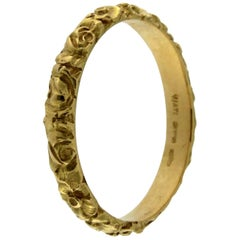 acba211e9 Gucci Icon Logo 18 Karat Yellow Gold Ring For Sale at 1stdibs